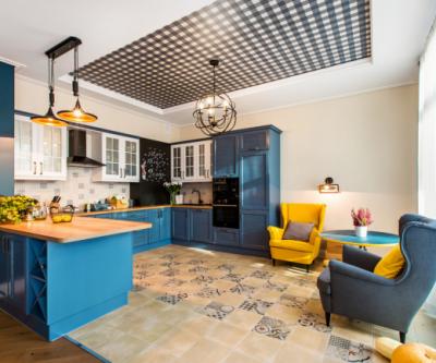 Какой потолок лучше сделать в квартире? Технологии, бренды, стоимость